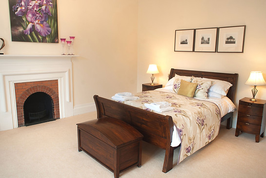 Bedroom No.9 with kingsize bed and private ensuite shower room