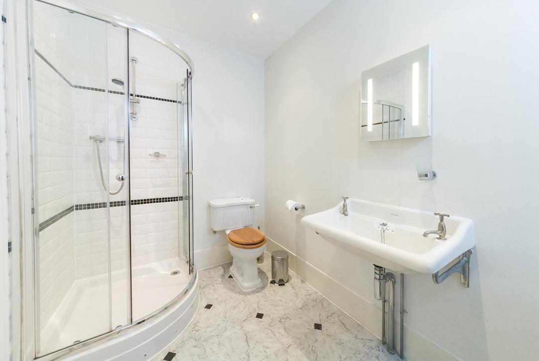 Ensuite shower room for bedroom No.4