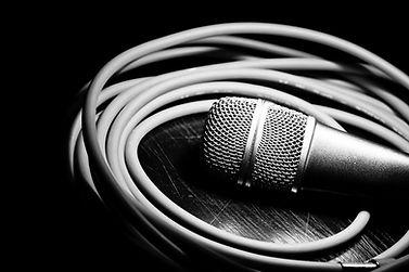 location équipements de son, éclairage, audio, audio visuel micro, haut parleur