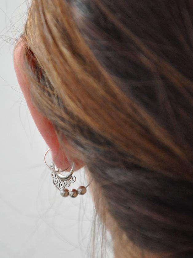 listening and listening (ella)