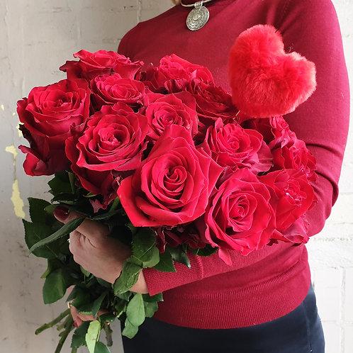 Моно-букет из красных роз