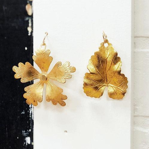 Vintage light weight earrings