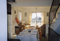 Cyprus holiday villas self catering facilities,