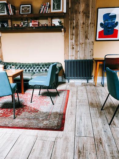 padded-sofa-inside-room-2805111.jpg