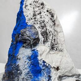 La montagne a pleuré bleu