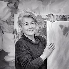 Elisabrth Dragic, dans son atelier lyonnais