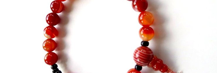 Red and White Agate Wrist Mala