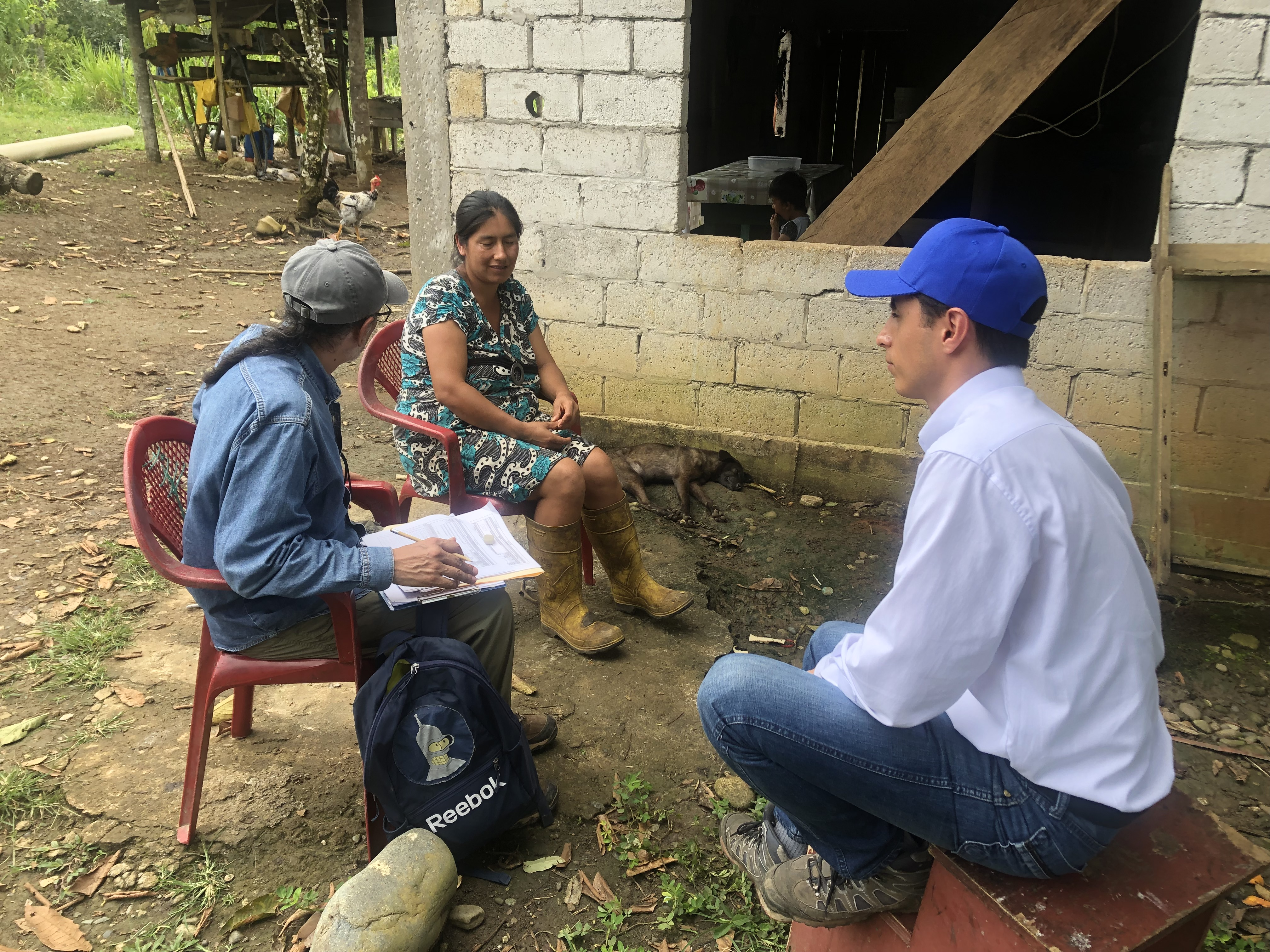 Realizando Encuesta en Iguana