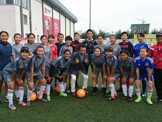 サッカー女子U-16モンゴル代表をアカペラで激励。