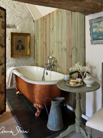 Baño Rústico realizado por Annie Sloan