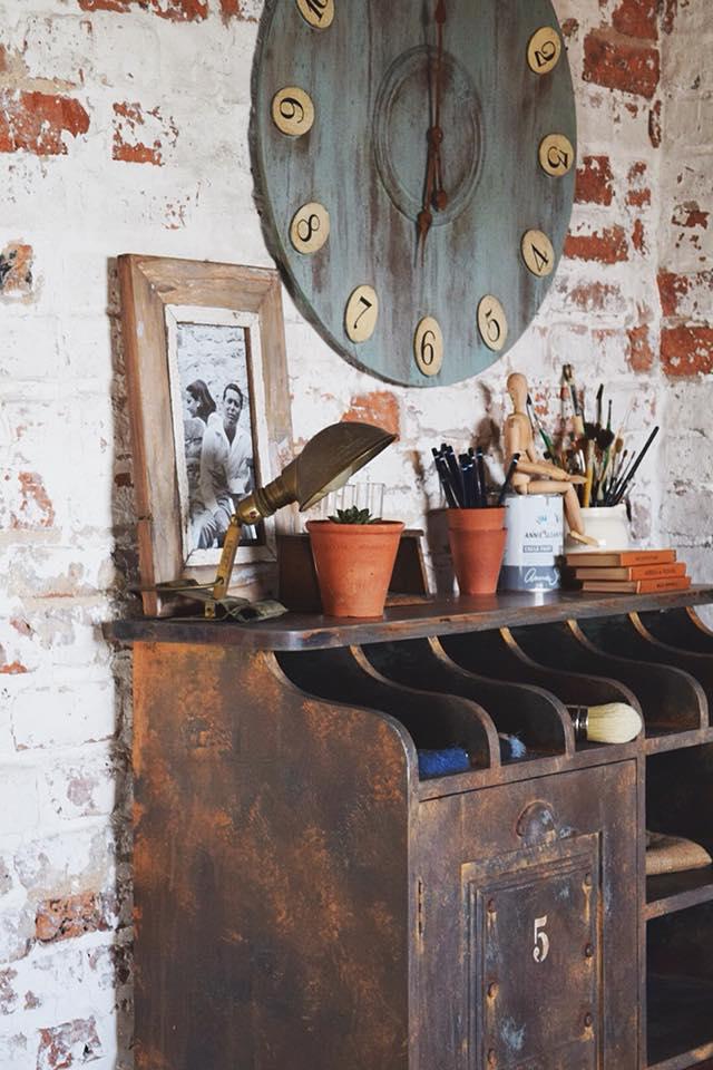 Trabajo realizado por Jonathon Marc Mendes muebles pintado con Chalk Paint Annie Sloan