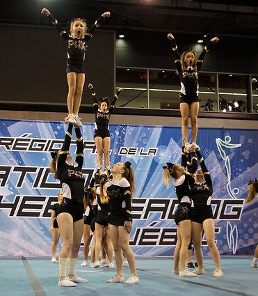 Phoenix cheerleading en compétition