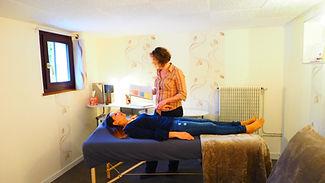 evelyne vallet, kinésiologie 78, test musculaire, médecine douce, médecine alternative, bien-être,holistique