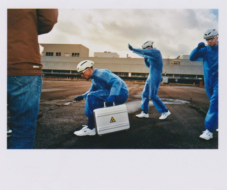 Polaroid / 77