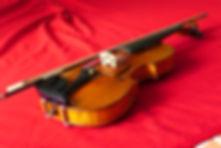 Expertise et estimations pour ventes aux enchères d'instruments de musique spécialisatio et vente au violons et archets