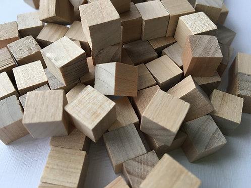 Кубик дерево    10 мм