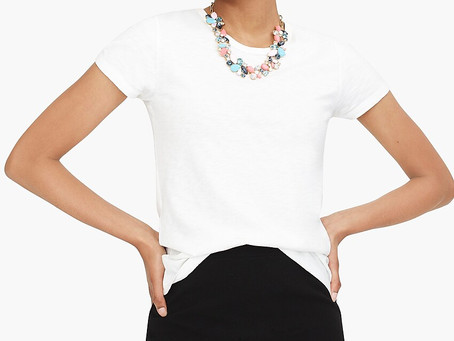Top 5 Wardrobe Pieces Every Young Woman Should Have in Her Closet