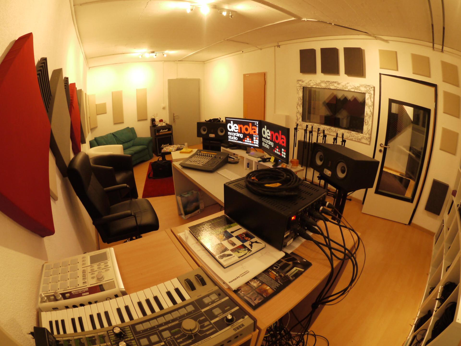 Regie De Nola Luca Recording Studio.JPG