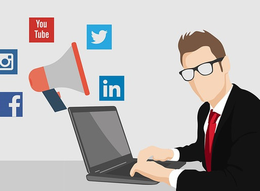 Why You Should Hire A Social Media Marketer