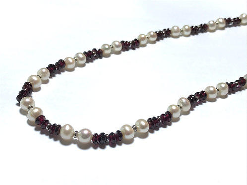 Garnet Nugget White Pearl Necklace