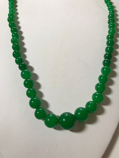 6-14mm Graduated Green Jade Necklace