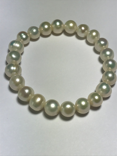 Cultured White Freshwater Pearl Stretch Bracelet