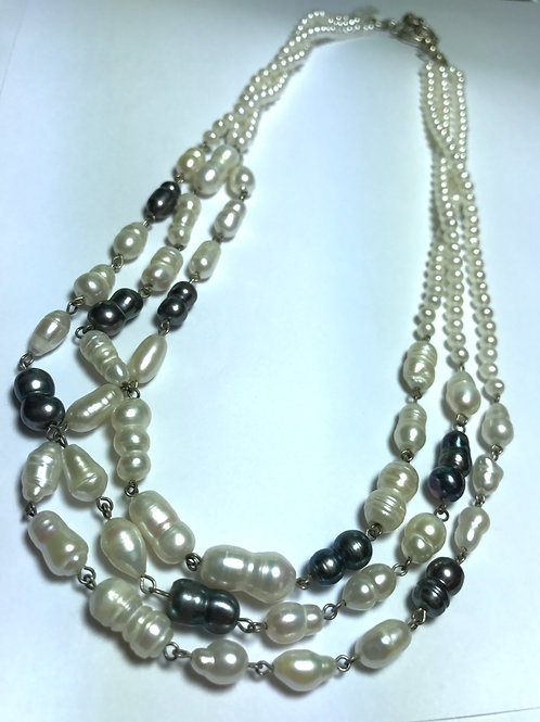 3 Strand Peacock Black and White Pearl Necklace