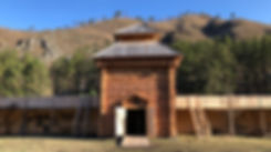 Форт Куюм_проезжая башня.jpg