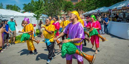 Long drum parade