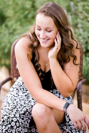 Maddie Senior-006.jpg