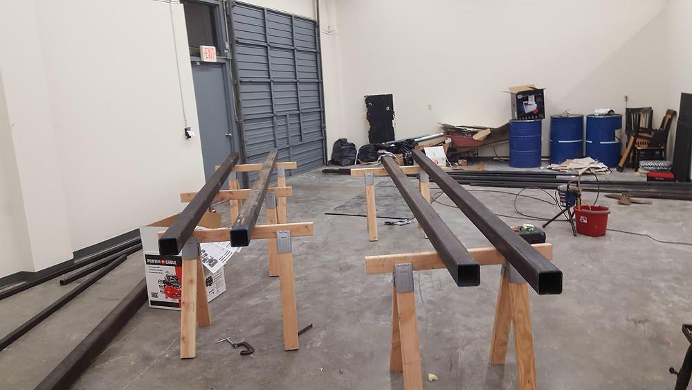 Main uprights