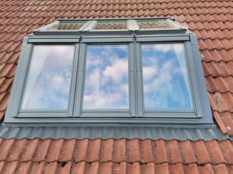 Das VELUX PANORAMA Dachfenster – eine tolle Alternative zur Dachgaube