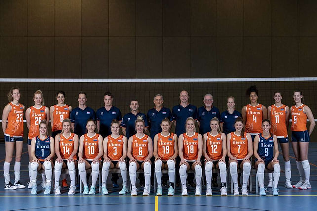Teamfoto-2020_damesNL.jpg