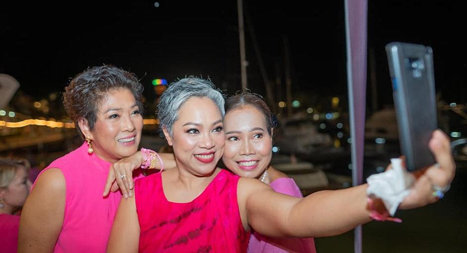 3 pink lady beauties wipa plus.jpg