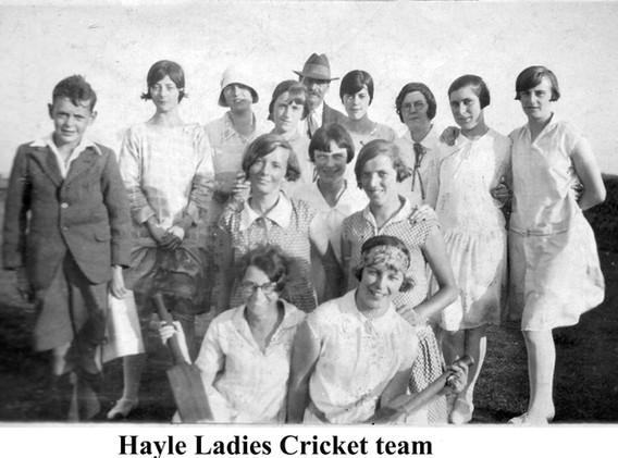 13c 34 Hayle Ladies CricketTeam2.jpg