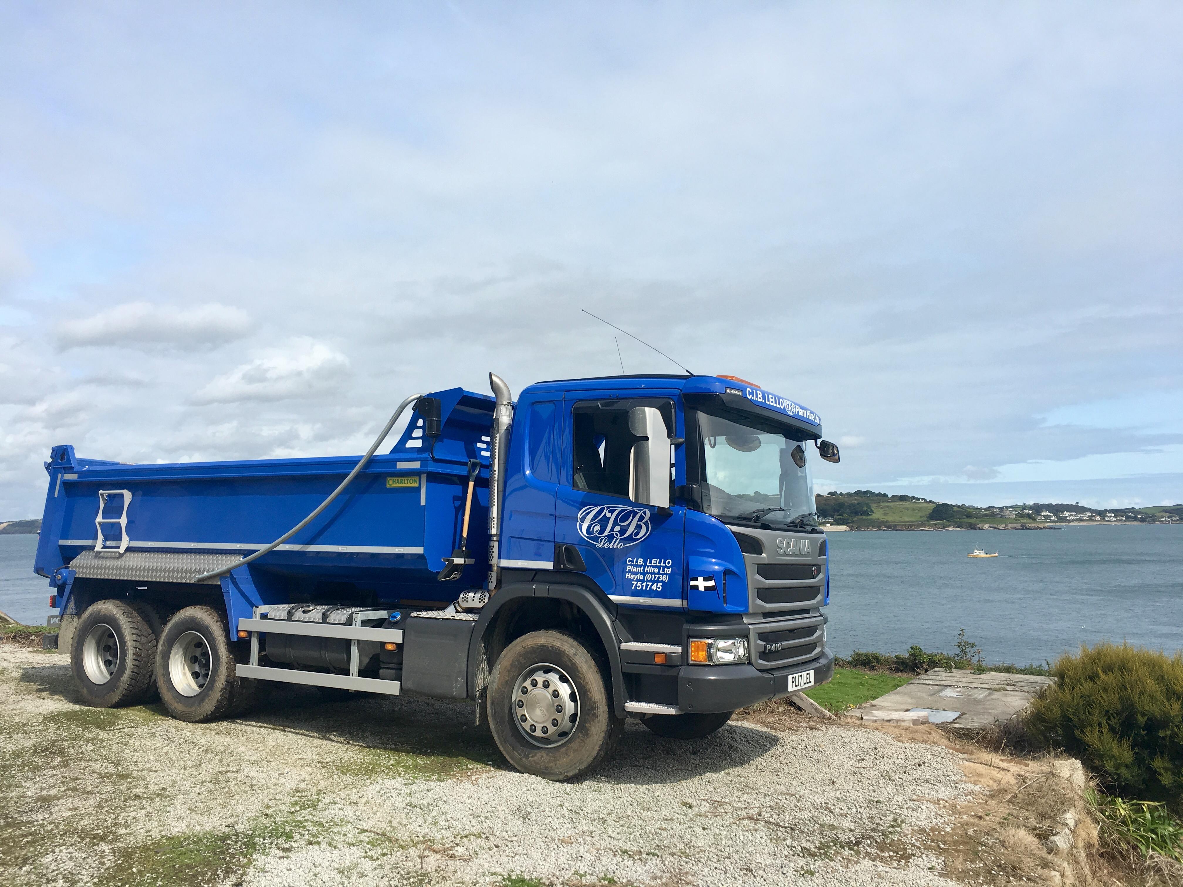 PL17 Falmouth Bay