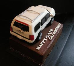 Cadillac Escalade Cake