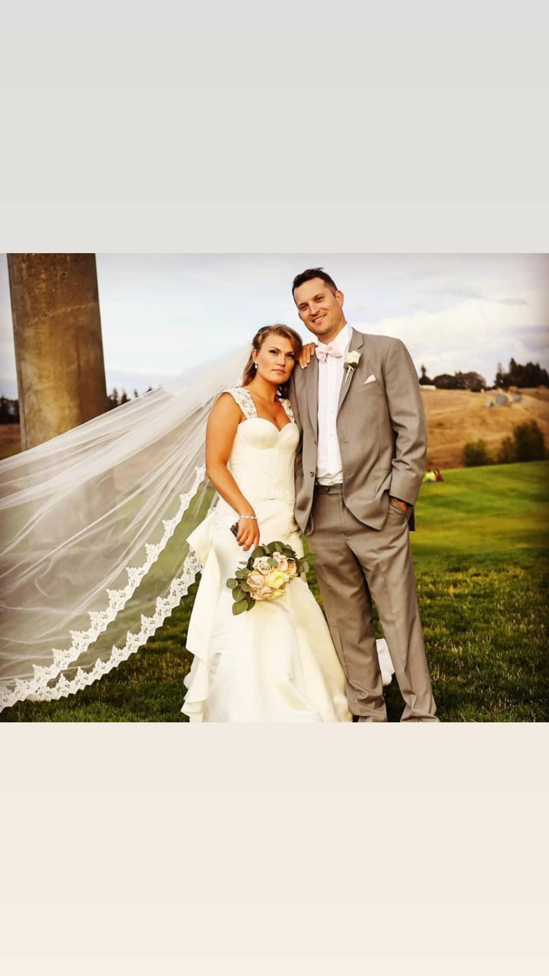 Stunning bride in MineTan Luxe Oil