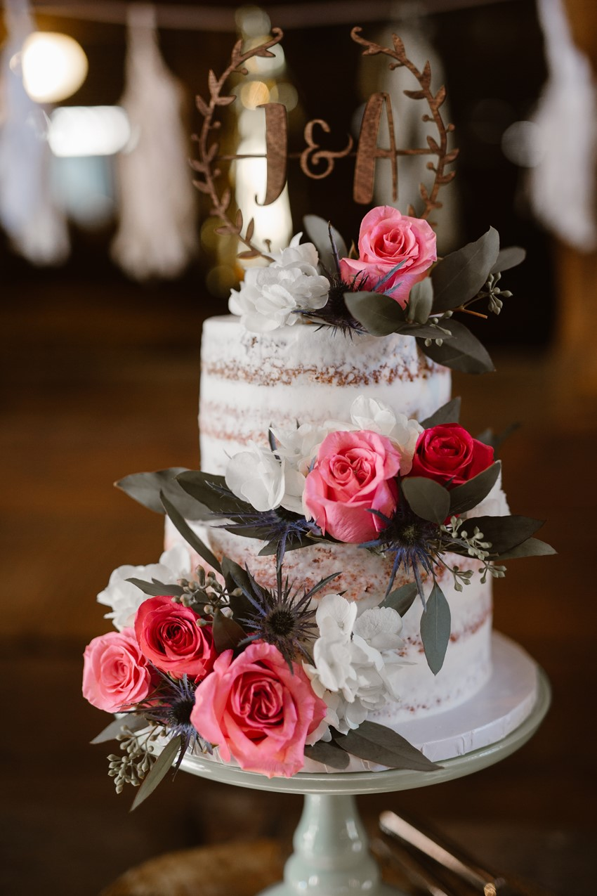 40-Rustic-Vintage-Semi-Naked-Wedding-Cak