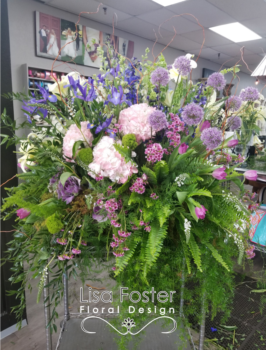 Lisa foster floral design knoxville florists flowers in knoxville as a full service knoxville tn florist lisa foster floral design provides beautiful funeral arrangements for your loved one we take great pride and care izmirmasajfo