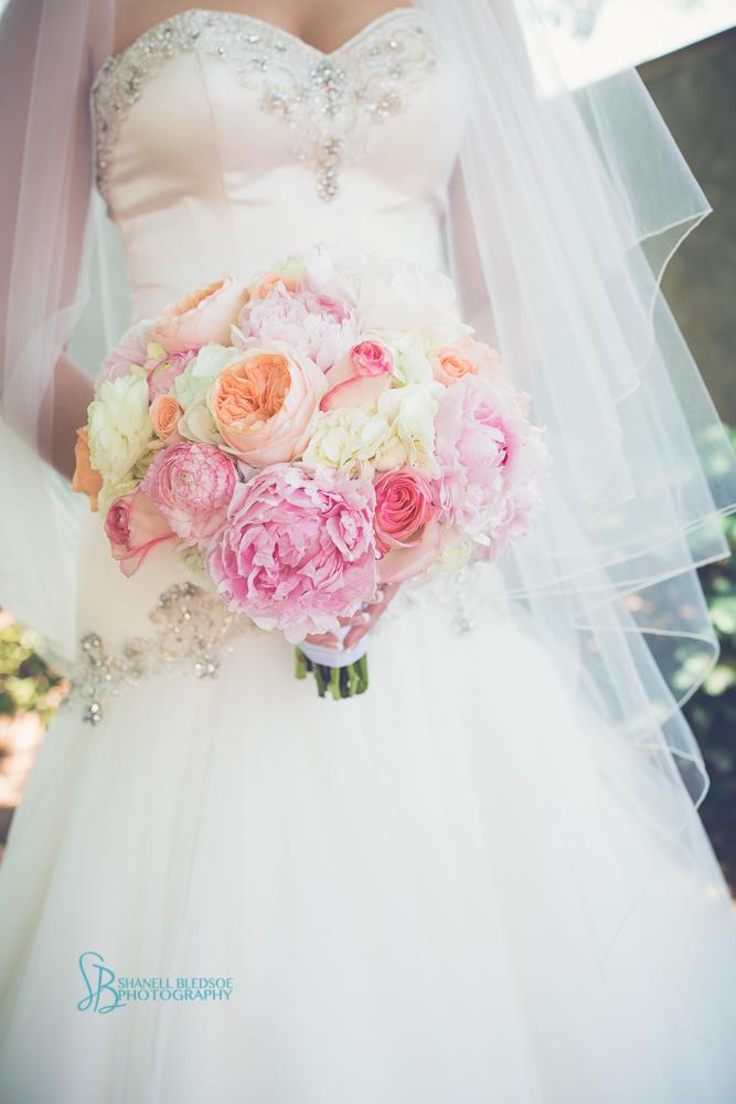 Bias_pink_peony_bouquet
