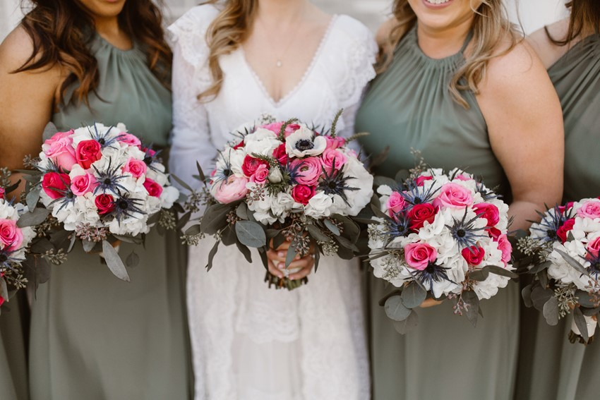12-Bride-Bridesmaids-Bouquets