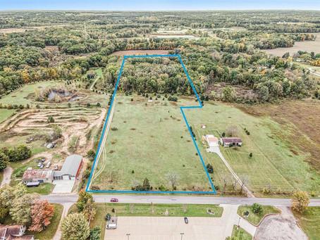 New Listing!    13 + Acres in Clarklake