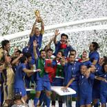 2006年7月サッカードイツW杯 産経新聞に掲載 イタリア優勝