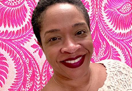 Linda headshot.jpg
