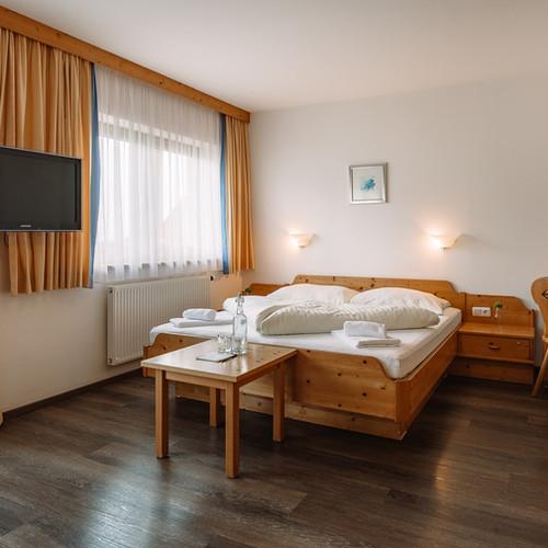 BergBaur-hotel-neukirchen-am-grossvenediger-apartments-04_verwolf_wolfgang_scherzer-min.jp