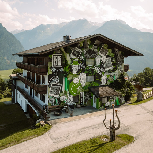 bergbaur-hotel-neukirchen-am-grossvenediger-farmers-home-01-verwolf_wolfgang_scherzer-min.