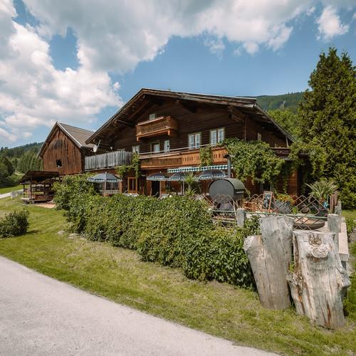 BergBaur-hotel-neukirchen-am-grossvenediger-palmenhaus-schweinepalast_verwolf_wolfgang_sch