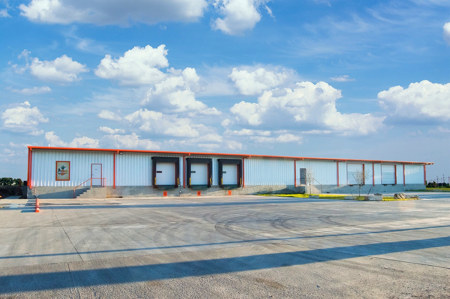 Fresh Imports warehouse space for lease front view