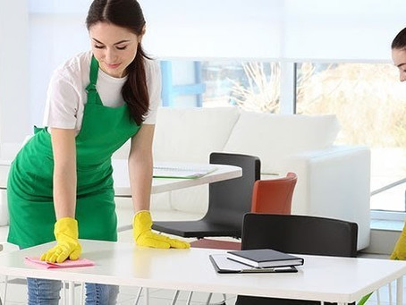 Why Hiring Commercial Cleaning Services for Your Retail Business or Restaurant Makes Sense